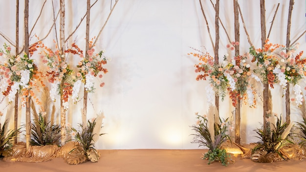 Flores do casamento vintage marrom