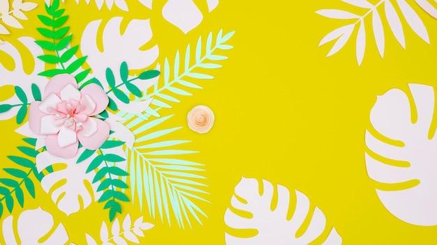 Flores e folhas de papel papaer