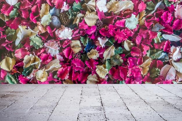 Flores secas rosa e fundo de folha, rose
