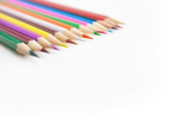 Foco seletivo nas pontas dos lápis de cor