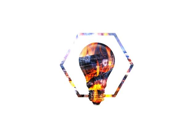 Fogo vermelho e campo no bulbo de lâmpada em fundo branco. novo conceito de ideia.