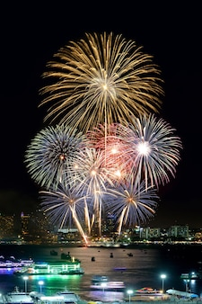 Fogos de artifício internacionais de pattaya