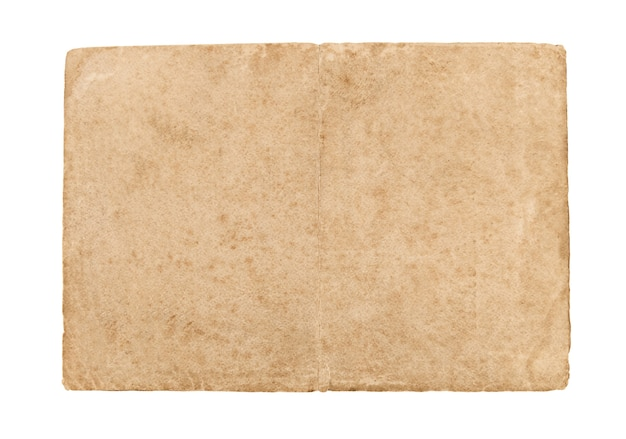 Folha de papel velha isolada em um fundo branco.
