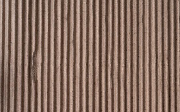 Folha de papelão ondulado marrom com textura de papel
