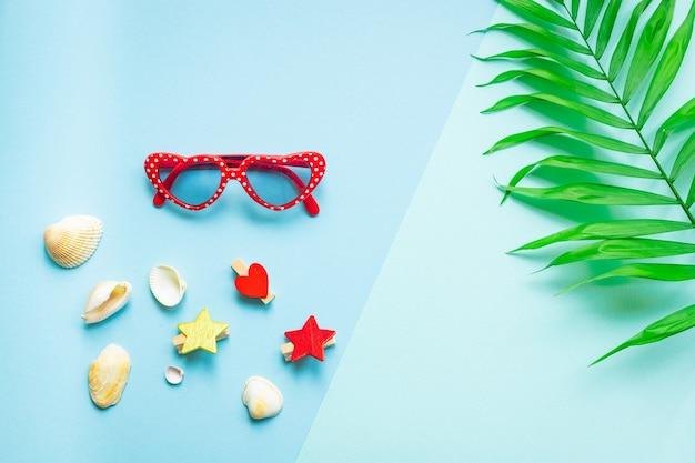 Folha tropical óculos de sol conchas