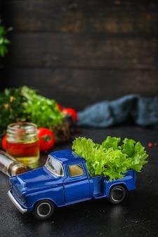 Folhas de alface, salada saudável de legumes