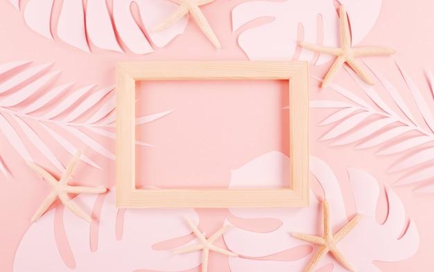 Folhas de palmeira de corte de papel