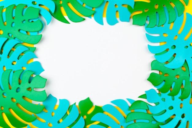 Folhas tropicais de verão, quadro de plantas. estilo de corte de papel.