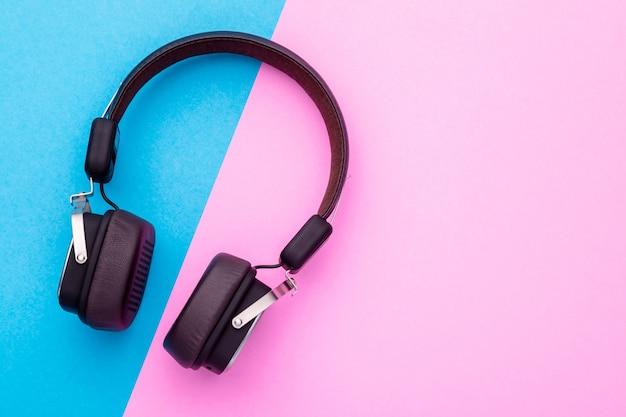Fone de ouvido ou fone de ouvido preto de vista superior.