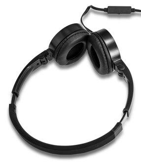 Fones de ouvido com fios para relaxamento.