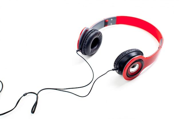 Fones de ouvido com fios