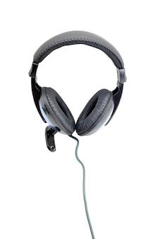 Fones de ouvido isolados em fundo branco