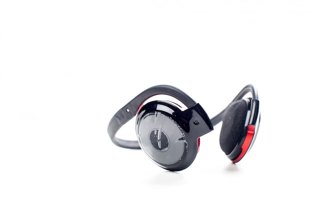 Fones de ouvido sem fio pretos