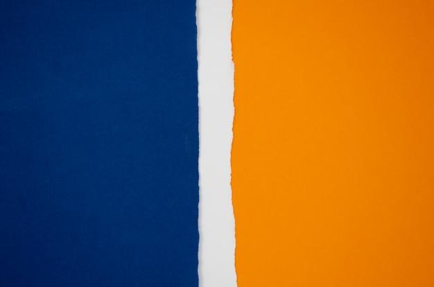 Forma abstrata bandeira de papel colorido