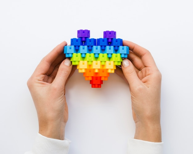 Forma de coração vista superior feita de blocos de lego