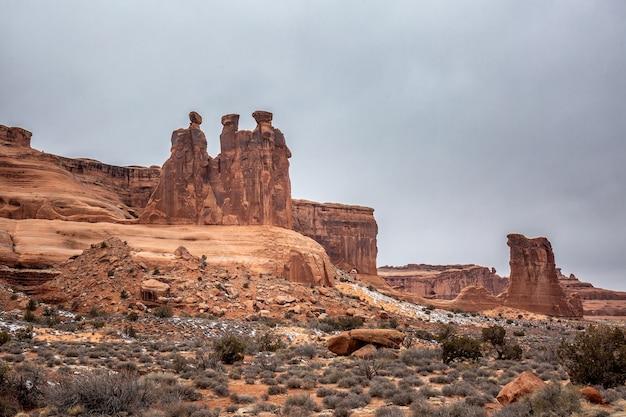 Formações rochosas incríveis em monument valley