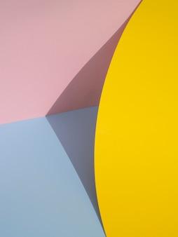 Formas abstratas de papel com sombra