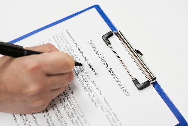 Formulário de contrato de revendedor e subconcessor