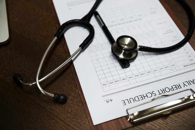 Formulário de papel de exame médico