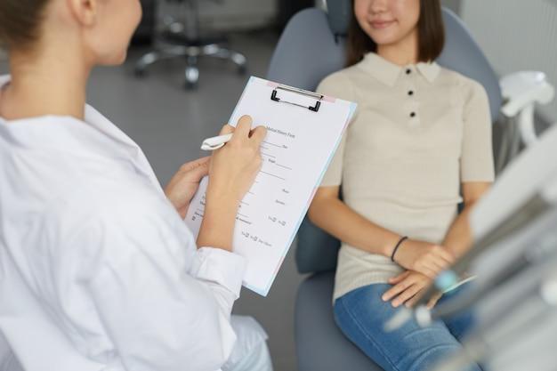 Formulário de preenchimento médico