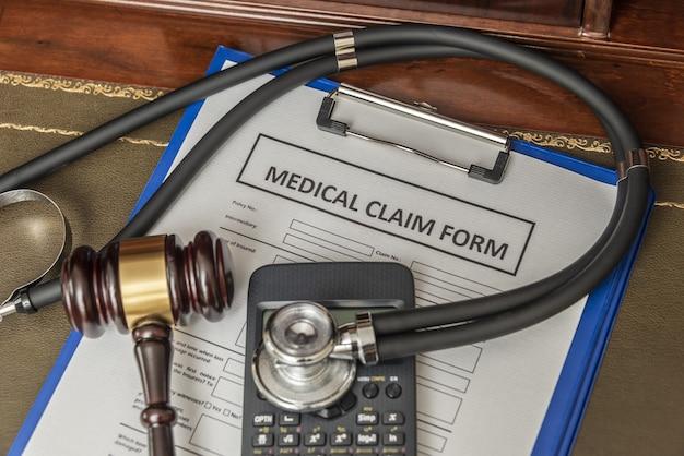 Formulário de reclamação por negligência médica para advogados. cálculo de compensação