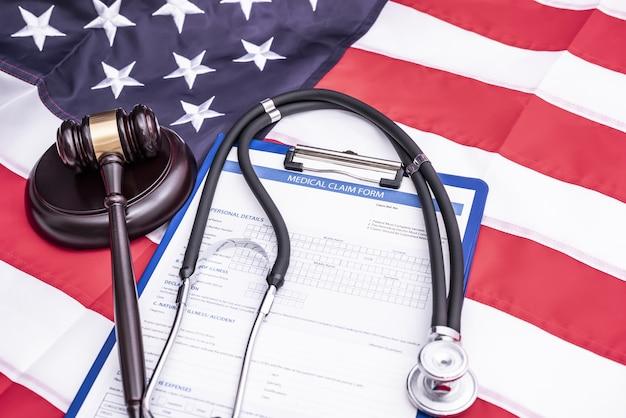 Formulário de reivindicação de lesão médica por negligência médica e pedido de indenização