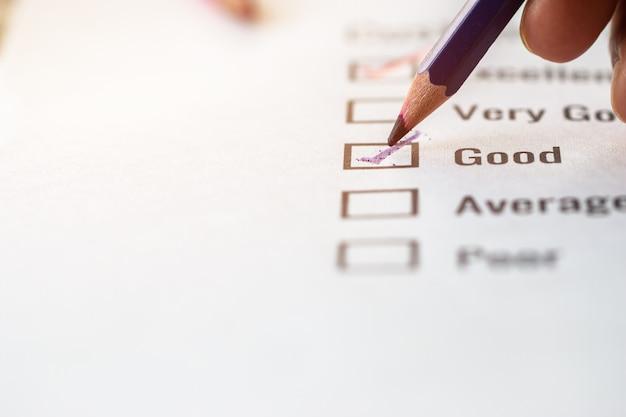 Formulário excelente de pesquisa de lista de verificação de cliente para feedback de satisfação sobre o documento de formulários de inscrição