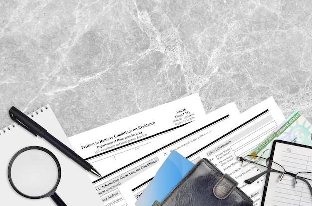 Formulário uscis i-751 petição para remover as condições de residência