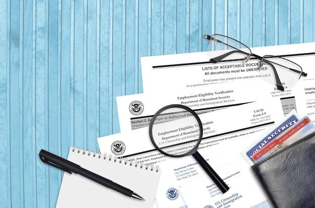 Formulário uscis i-9 verificação de elegibilidade para emprego