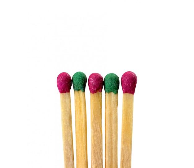 Fósforos de cores diferentes