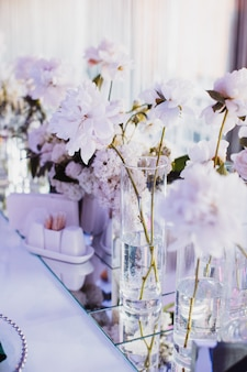 Foto bonita de flores em tons delicados