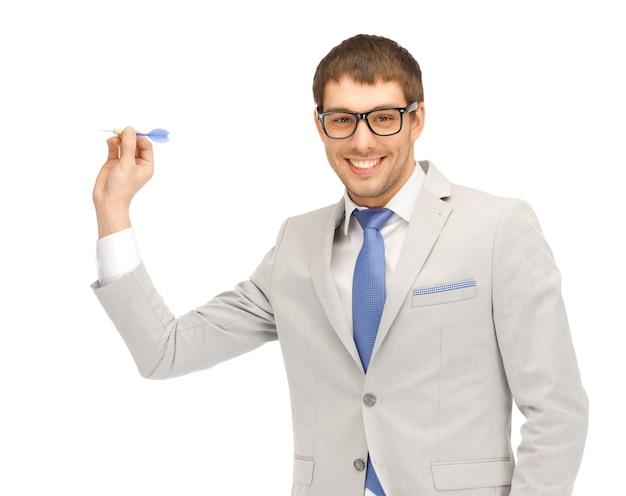 Foto brilhante close-up de empresário com dardo