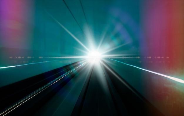 Foto com reflexo de lente brilhante branco sunburst