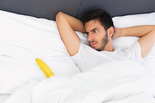 Foto conceitual sobre problemas de ereção.