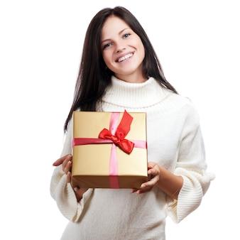 Foto, de, alegre, ajudante santa, menina, com, caixa presente