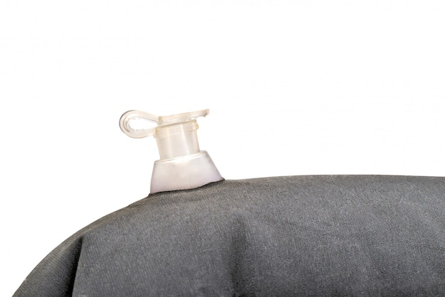 Foto de detalhe de uma válvula de ar fechada