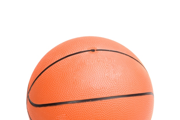 Foto de uma bola de basquete em um over branco fundo