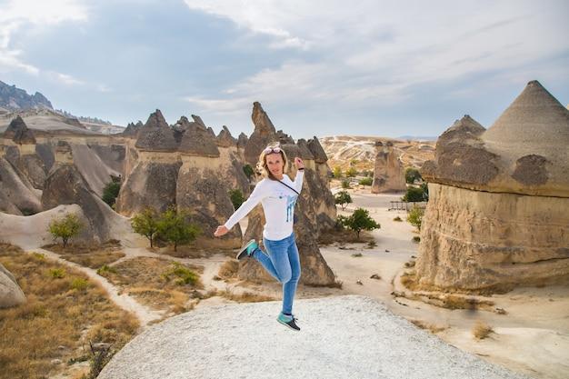 Foto parque nacional do vale da capadócia. foto de alta qualidade