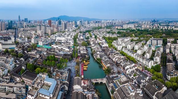 Fotografia aérea da antiga paisagem arquitetônica do rio qinhuai em nanjing