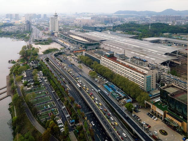 Fotografia aérea da estrada da estação de nanjing