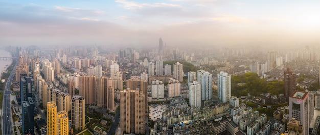 Fotografia aérea da paisagem arquitetônica da cidade de wenzhou