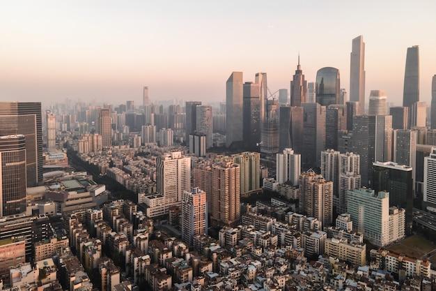 Fotografia aérea da paisagem arquitetônica das cidades chinesas modernas