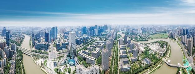 Fotografia aérea da paisagem arquitetônica moderna no parque industrial de chengdu