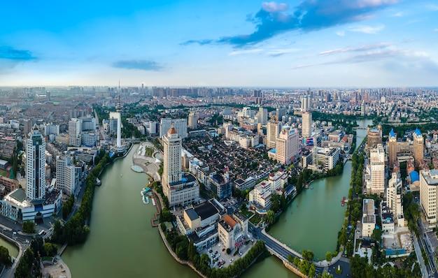 Fotografia aérea da paisagem da cidade de nantong, jiangsu