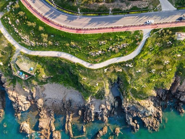 Fotografia aérea da rodovia da ilha da costa oeste de qingdao
