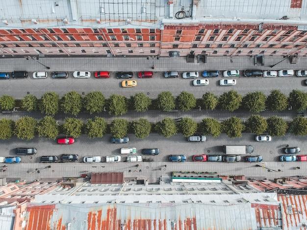 Fotografia aérea de telhados, edifícios residenciais, flatley, são petersburgo, rússia.