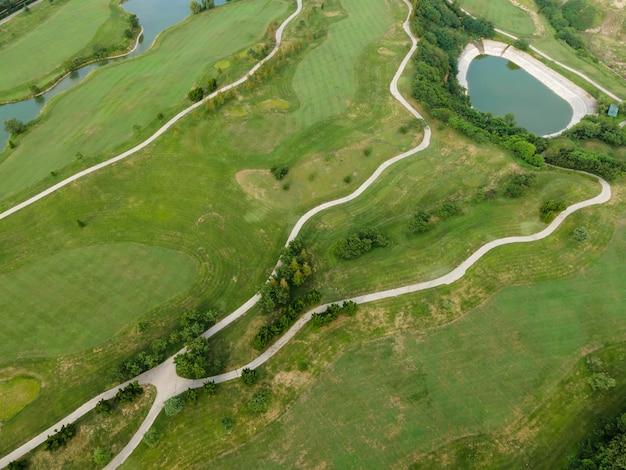 Fotografia aérea do campo de golfe qingdao coastline