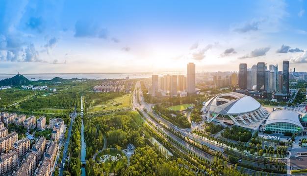 Fotografia aérea do nantong financial center, jiangsu