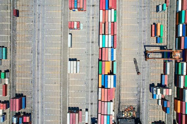 Fotografia aérea do terminal de contêineres