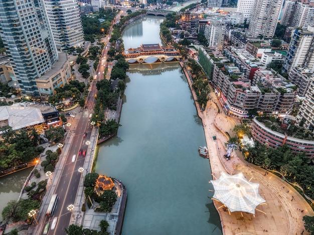Fotografia aérea sichuan chengdu cidade arquitetura paisagem horizonte